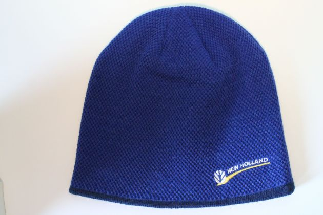 NH muts Logo / Blue knit beanie